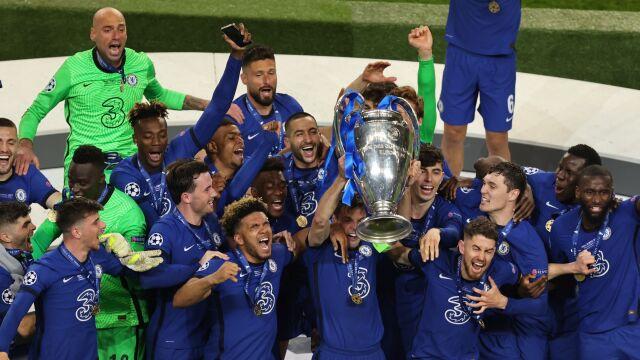Genialny atak na wagę triumfu. Chelsea z pucharem Ligi Mistrzów