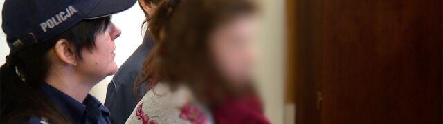 Prokuratura: wyciągnęła synka z wózka, rzuciła  o asfalt, podeszwą kozaka uderzyła w jego główkę