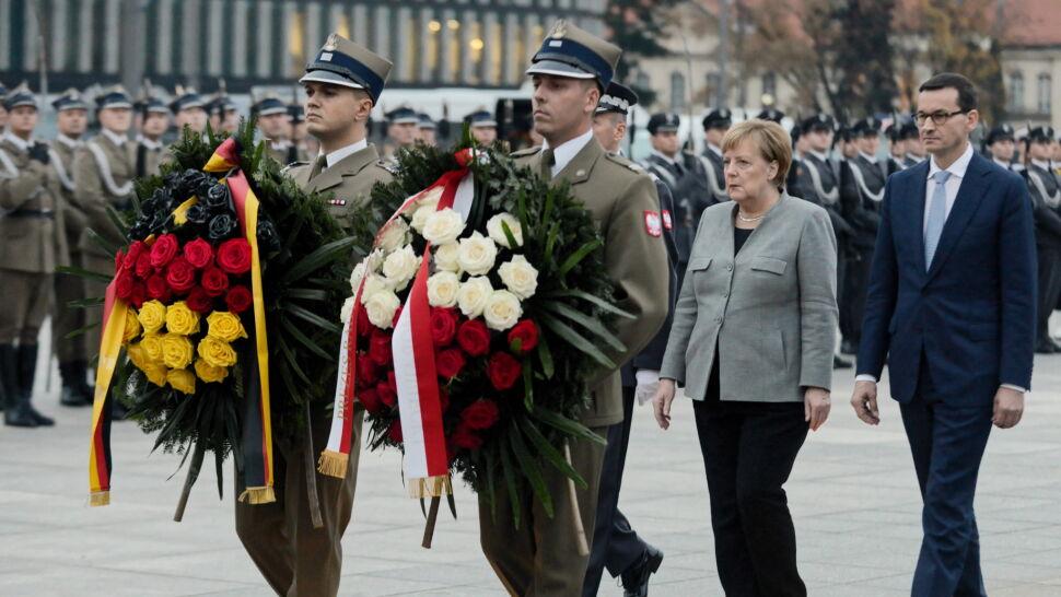 Merkel i Morawiecki złożyli wieńce  przed Grobem Nieznanego Żołnierza