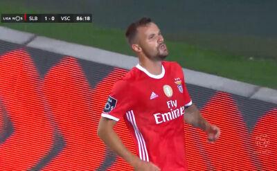 Skrót meczu Benfica - Vitoria SC w 32. kolejce ligi portugalskiej