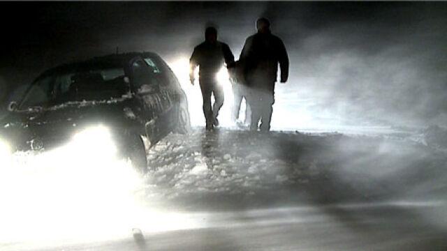 Śnieżna gehenna na drogach. Ciężarówki blokują ruch
