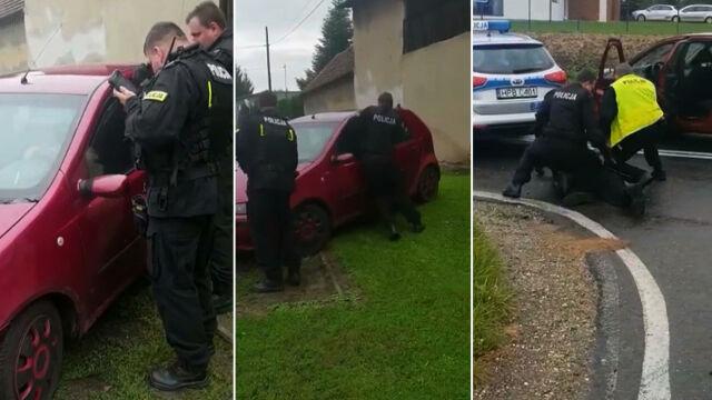 """""""Przewiózł na masce"""" mężczyznę, potrącił policjanta. 41-latek zatrzymany po pościgu"""