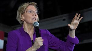 Rywalizuje z byłym wiceprezydentem. Szanse Elizabeth Warren rosną