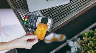 Zmiany w płatnościach kartą z opóźnieniem.