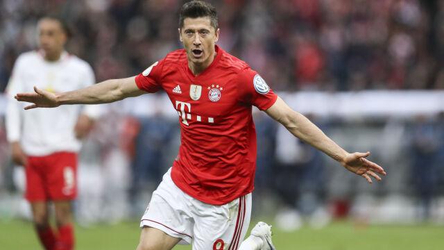 """""""Lewandowski powinien więcej zarabiać"""". Niemiecka legenda podpowiada Bayernowi"""