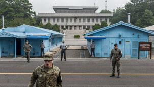 Północnokoreański żołnierz pod osłoną nocy uciekał przez strefę zdemilitaryzowaną