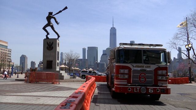 Amerykańska telewizja: sąd tymczasowo zablokował plan przeniesienia Pomnika Katyńskiego