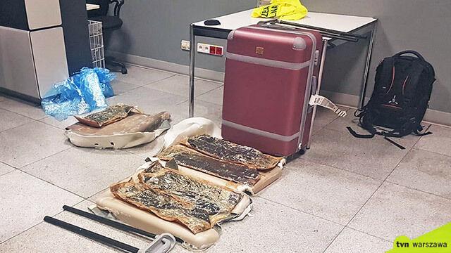 Heroina warta 4,5 miliona złotych w walizce. Psów nie zmylił zapach egzotycznych przypraw