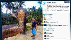 Zamiast uchwytu - trąba słonia. Idealne zdjęcie z wakacji powstało przypadkiem