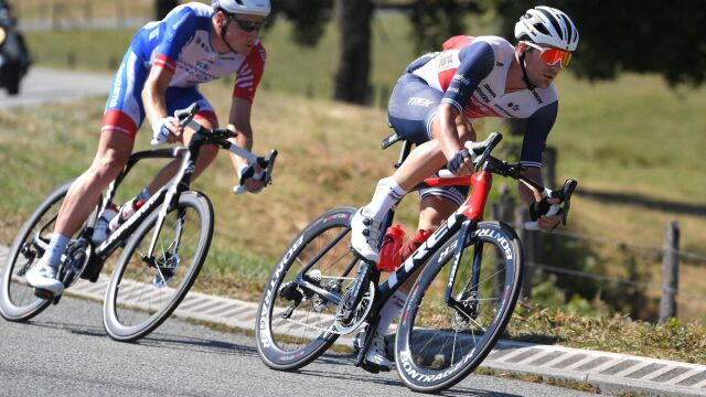 Blisko 100 km/h na trasie Tour de France. Kolarz pobił rekord, ale jego dziewczyna nie jest zachwycona