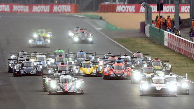 Toyota kontra reszta świata. Trwa wyścig w Le Mans
