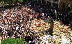 Minuta ciszy w całym kraju. Brytyjczycy uczcili ofiary zamachu