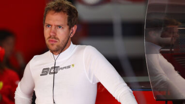 Pech Vettela, wystartuje ostatni u siebie. Hamilton zadziwił swojego szefa