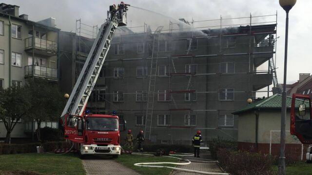 Pożar poddasza, 12 zastępów straży w akcji