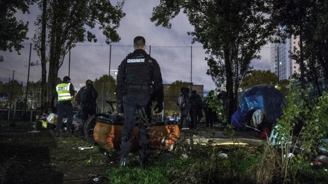 Nielegalne obozy w Paryżu zlikwidowane. Minister zapowiada