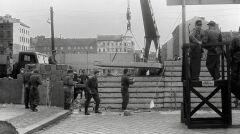 Budowa muru w Berlinie w 1961 roku