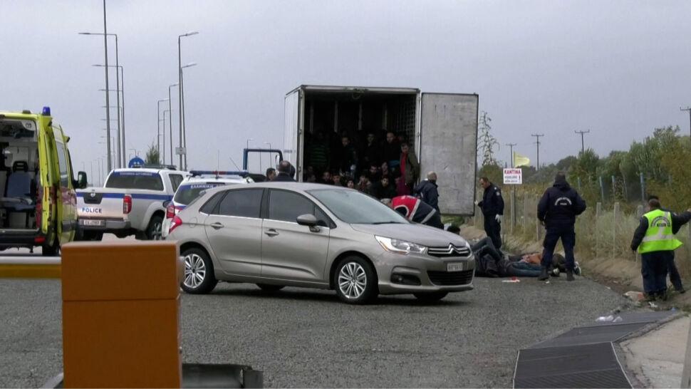 Rutynowa kontrola. 41 osób w naczepie chłodzącej ciężarówki w Grecji