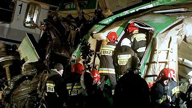 W zderzeniu pociągów zginęło 16 osób. Jest akt oskarżenia dla dyżurnych ruchu