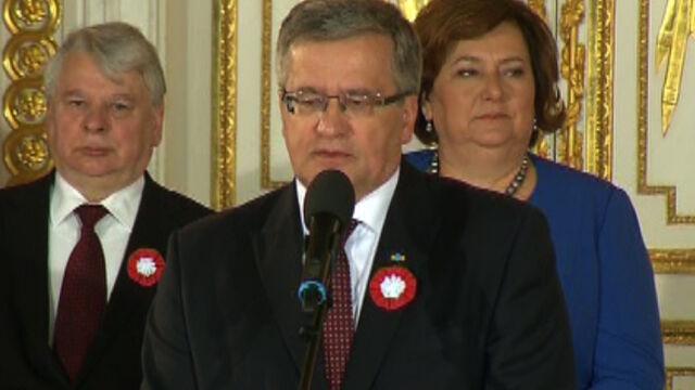 Prezydent podczas uroczystości wręczania odznaczeń państwowych