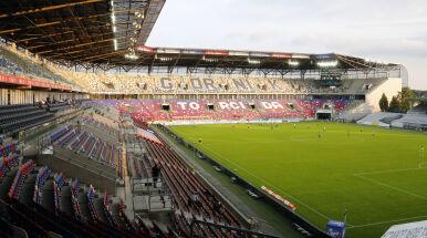 Kibice wracają na stadiony ekstraklasy. W jednym mieście rygory będą większe