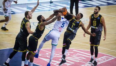 Czwarta przegrana Anwilu w Lidze Mistrzów koszykarzy