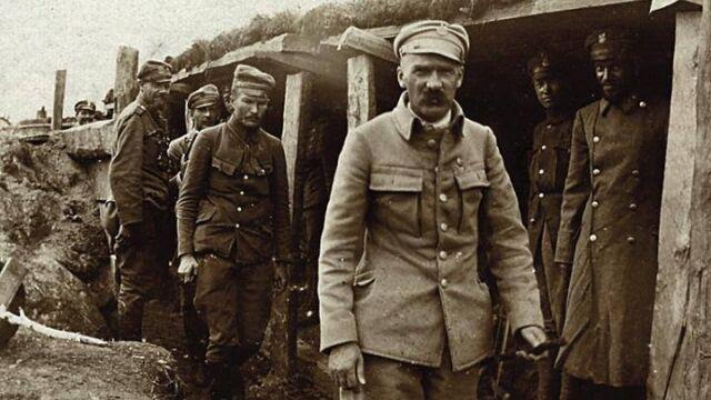 Przegląd prasy. Archiwum sekretarza Piłsudskiego odzyskane