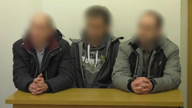 Znęcanie się nad zatrzymanym. Sąd uchylił areszt dla dwóch byłych policjantów