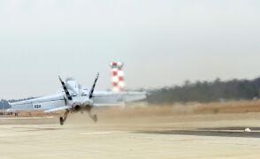 Pierwszy samolot wystrzelony w powietrze przez prąd