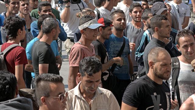 """Tysiące migrantów """"zapadły się pod ziemię"""". Szwedzkie służby mają problem"""