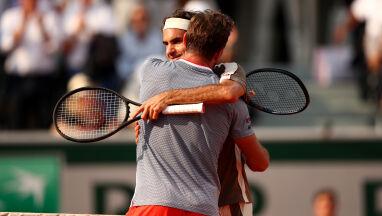 Federer zrewanżował się Wawrince. Czas na półfinał marzeń