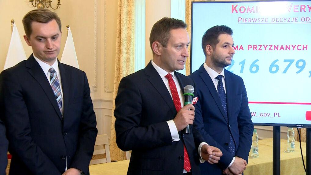 Paweł Rabiej z Patrykiem Jaki na Komisji Weryfikacyjnej, maj 2018 r.