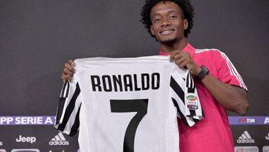 Oddał numer Ronaldo.