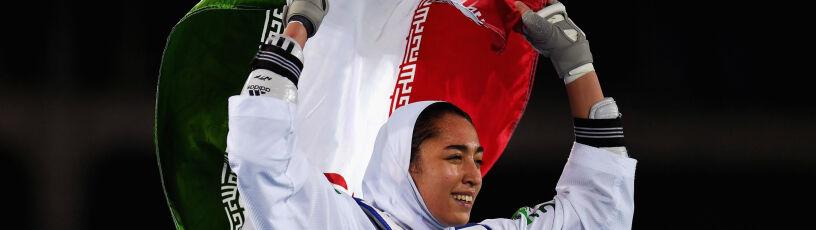 """Nie chciała być częścią """"hipokryzji"""". Medalistka olimpijska z Iranu przenosi się do innego kraju"""