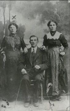 Rodzina zamordowana w dniu 11.07.1943 r. w Witoldowie