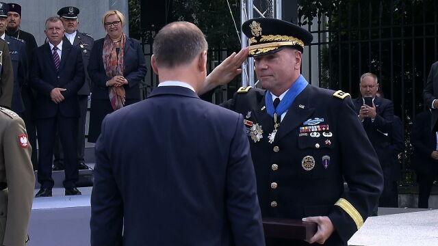 Prezydent Duda odznaczył Orderem Zasługi generała Fredericka Hodgesa