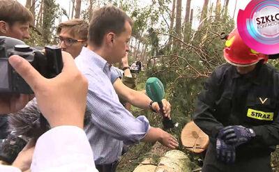 """""""Olbrzymie drzewa, prawda?"""". Błaszczak u strażaków w Suszku"""