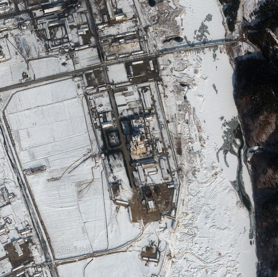 """Reaktor do produkcji plutonu """"prawdopodobnie został ponownie uruchomiony"""""""