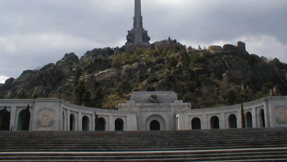 Hiszpański trybunał: przeniesienie prochów Franco zgodne z prawem