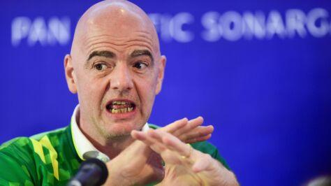 """Szef FIFA nawołuje do ostrej walki  z rasizmem. """"Mecz w Sofii powinien zostać bezwarunkowo przerwany"""""""