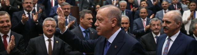 Erdogan chciałrozmawiaćz Trumpem, ale spotka sięz Pence'em