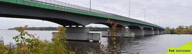 Zamkną jedyny most w okolicy.  Mieszkańcy: mamy przefrunąć nad Narwią?