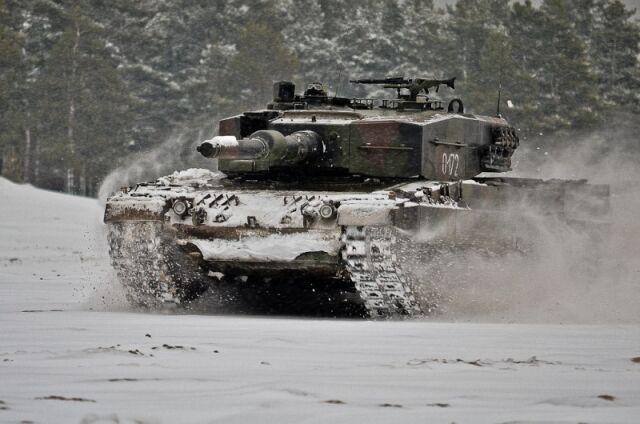 Polskie wojsko wzmacnia pancerną pięść. Dwa razy więcej Leopardów