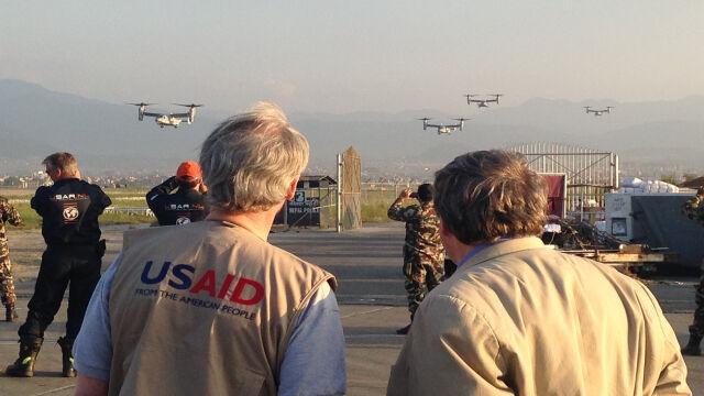 Marines i samoloty pionowego startu dotarły do Nepalu