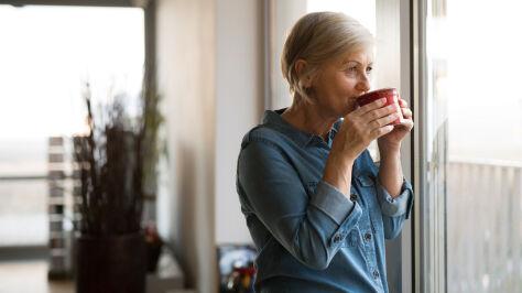 Coraz więcej osób  z matczyną emeryturą. Minister pokazała dane