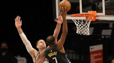 Świetni Nets nie dają szans Bucks. Suns też zwycięscy