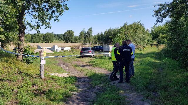 Ciało mężczyzny znalezione pod Białogardem. Prokuratura: bardzo prawdopodobne zabójstwo