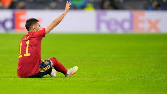 Piłkarz Manchesteru City wrócił ze zgrupowania kadry ze złamaną nogą