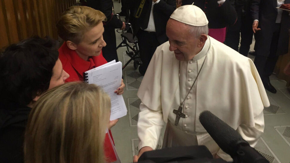 """Fundacja """"Nie lękajcie się"""" opublikowała dokument, który przekazała papieżowi"""