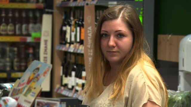 """Klient nie zdołał jej obronić, ochrona była za pół godziny. """"Zamknęłam sklep i rozpłakałam się"""""""