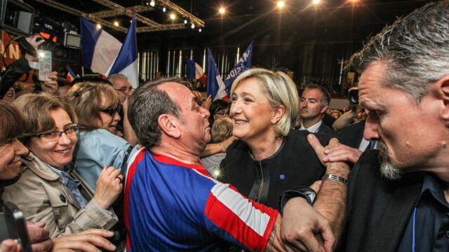 """""""Jeśli sondaże się potwierdzą, szampan będzie lał się strumieniami"""""""
